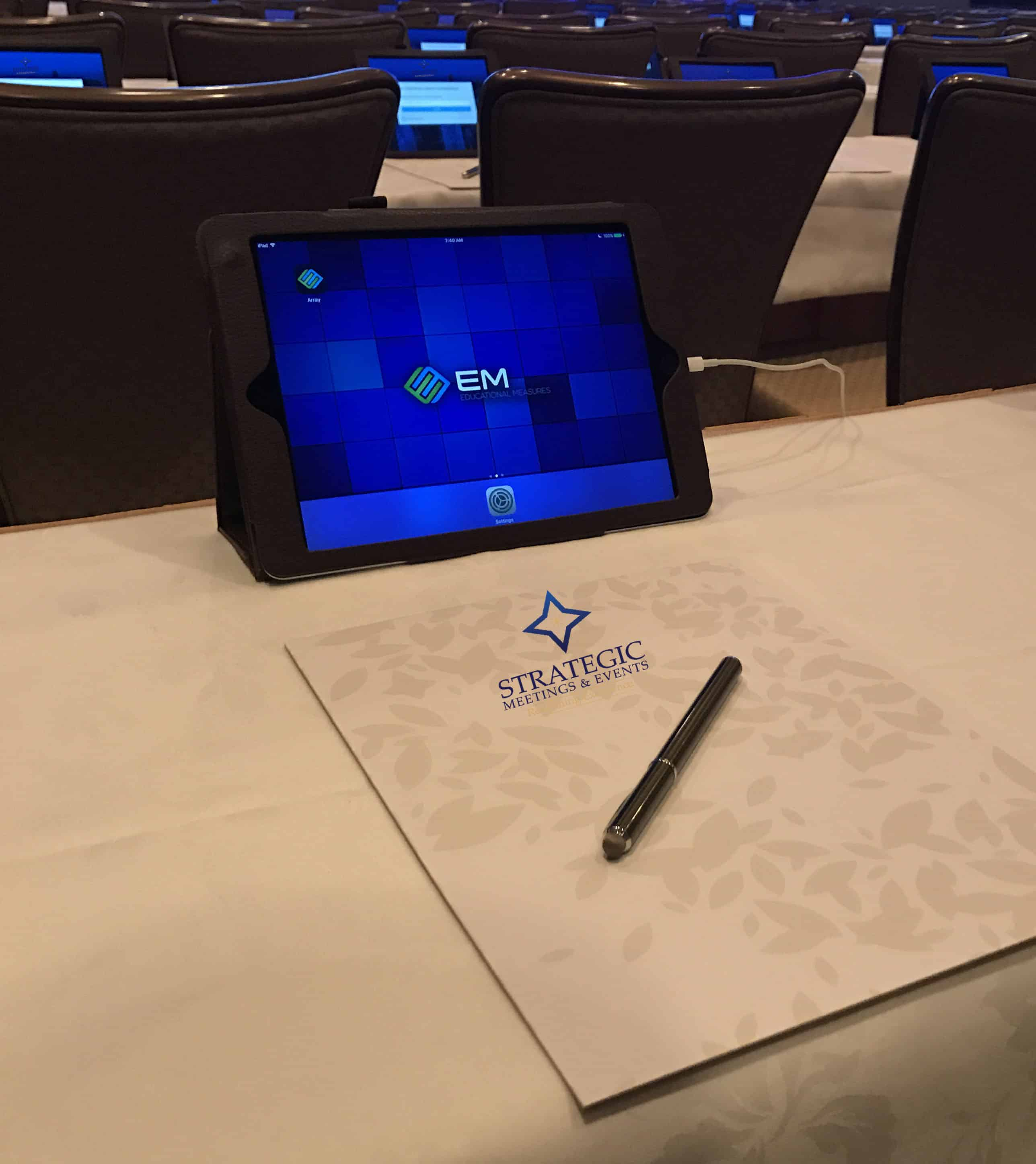 If you want to achieve the holy trinity of savings—time, money, and the environment—it's time to adopt e-content. Interactive iPads are a natural evolution in the process of going paperless at meetings. Getting Out of a Bind(er): Elevating The Live Meeting Experience