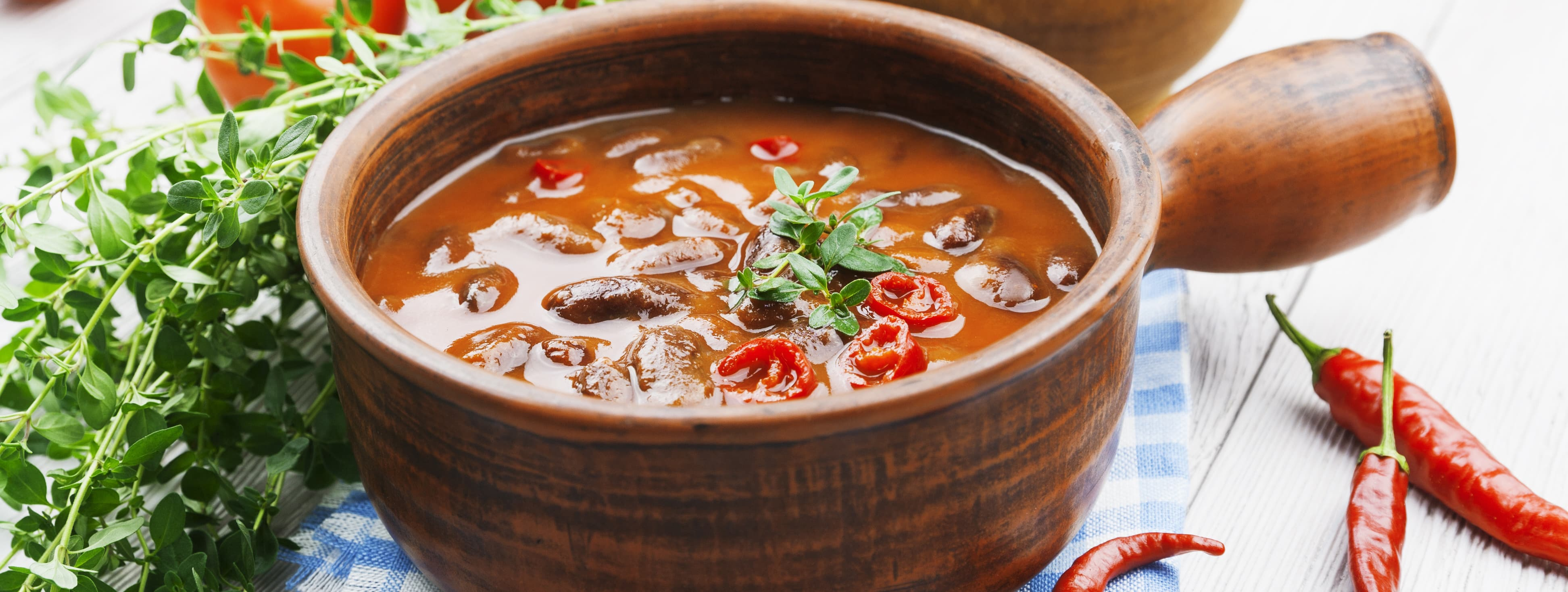 There is nothing better than a delicious bowl of chili, and it's perfect for your next party or get-together. This adapted recipe is the best healthy chili recipe ever made.