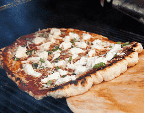 homemade-pizza-recipe-perfect-for-summer-grilling